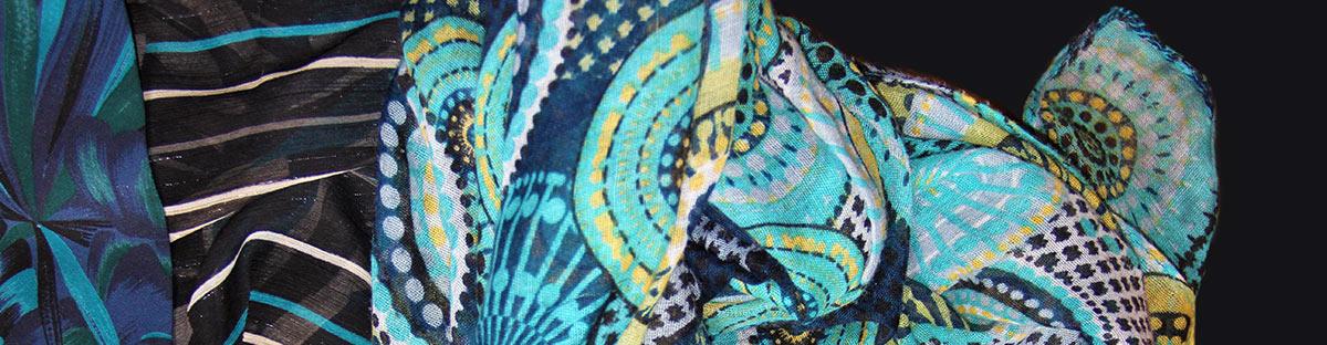 Photographie de Jessica Luhahe. Titre ; Au bord de l eau. Utilisée pour illustrer la page contact du site de Jessica Luhahe.
